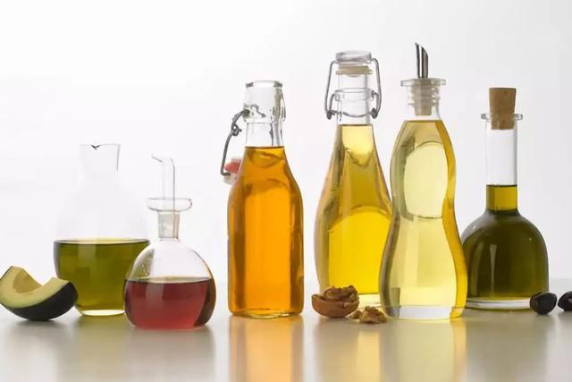一勺豬油可以治十多種疾病,真有這麼神奇?豬油能經常吃嗎?