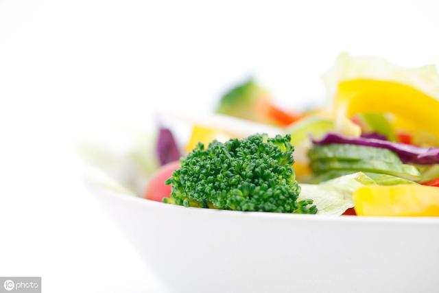 有「脂肪肝」不能一味治肝,最應調理是脾胃,4款食療方供你選擇